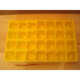 Lot de 5 plaques jaunes 28 alveoles