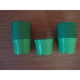 25 pots de 9 cm de couleur vert anis