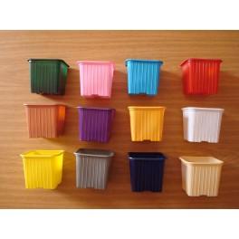 Lot de 250 godets 8-8-7 couleurs variées