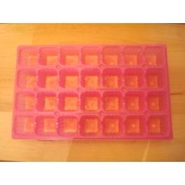 Lot de 5 plaques roses 28 alveoles